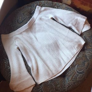 Abercrombie & Fitch, L Off the shoulder Sweater
